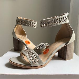 """CL by Laundry """" Juni """" ankle strap sandal NWT"""